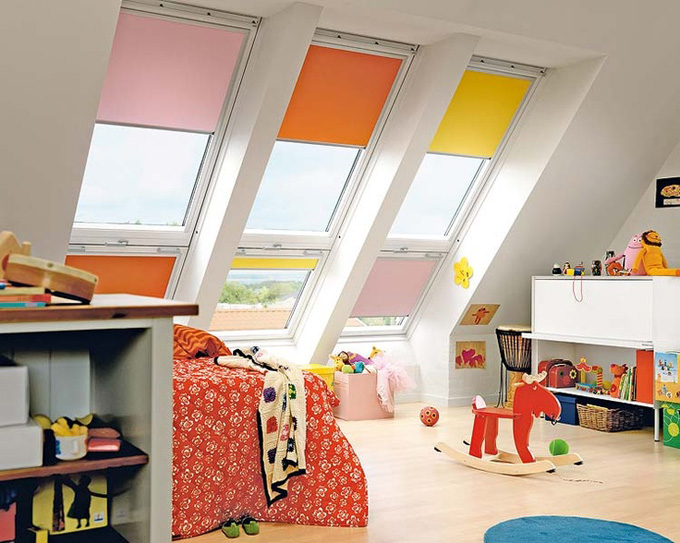 good fenetre toit velux store couleur interieur rideau with store chambre enfant. Black Bedroom Furniture Sets. Home Design Ideas