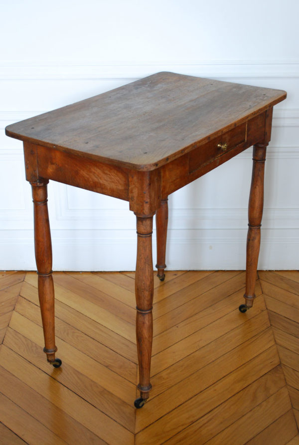 Table rustique